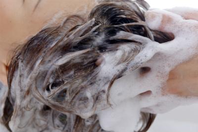 髪の毛を本洗い
