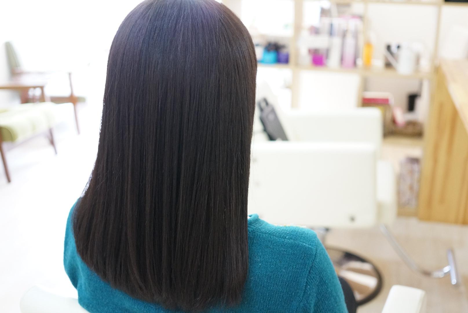 透明感のある柔らかい髪色【グレーアッシュ】